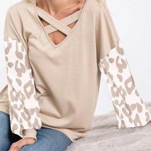 Super cute puff leopard sleeve top taupe